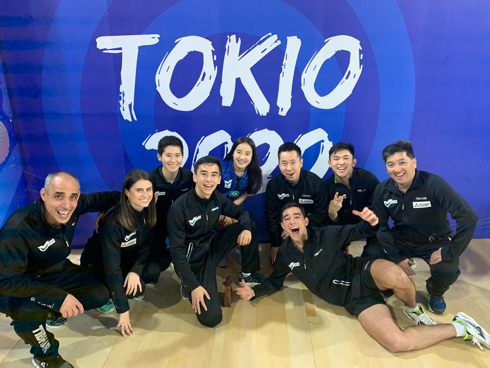 Seleções masculina e feminina no Pré-Olímpico por equipes (Crédito: Time Calderano)